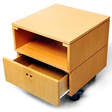 Design de estante Modular Brick para TROPPO MÓVEIS