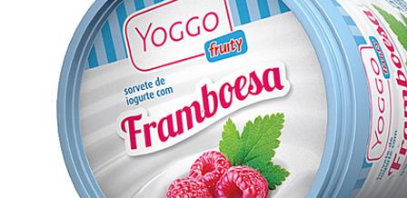 Design de embalagem para Yogo Fruity