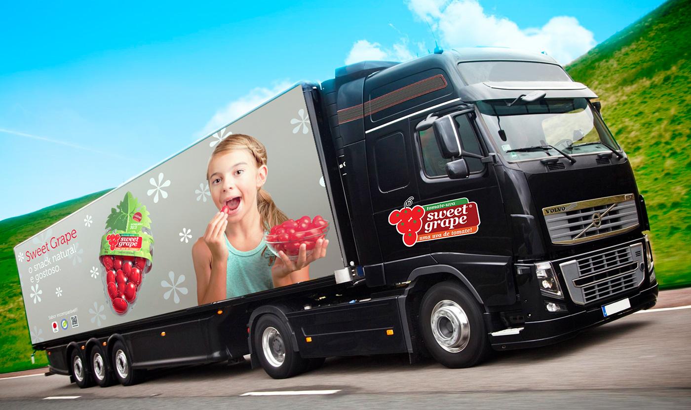 Caminhão com identidade tomates Sweet Grape